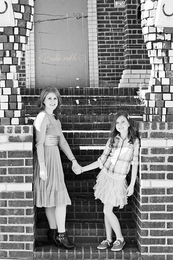gorgeous and cool mother daughter photos 01