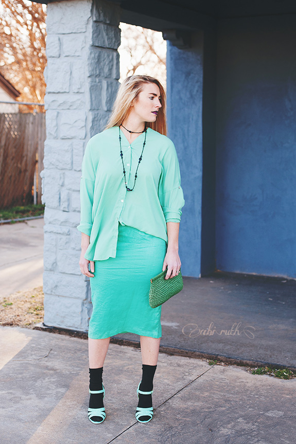 edgy lucite green outfit by abi ruth 01