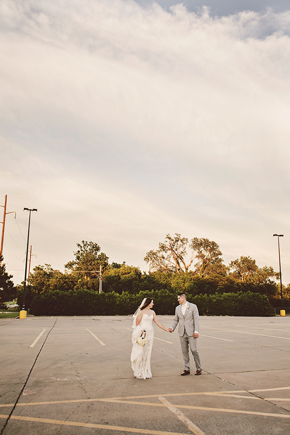 002 the prettiest bride and groom golden hour portraits